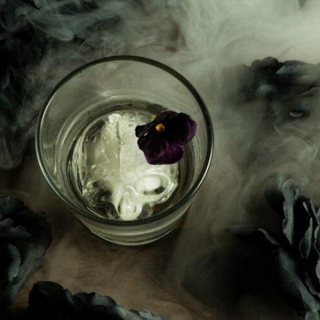 Коктейль «Могильщик»/Gravedigger