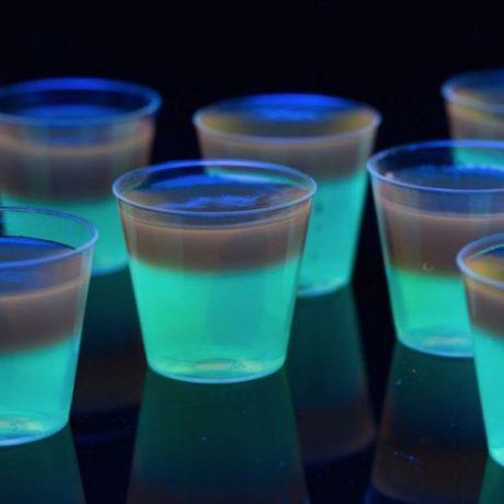 Пылающее желе (Glowing Jell-O Shots)